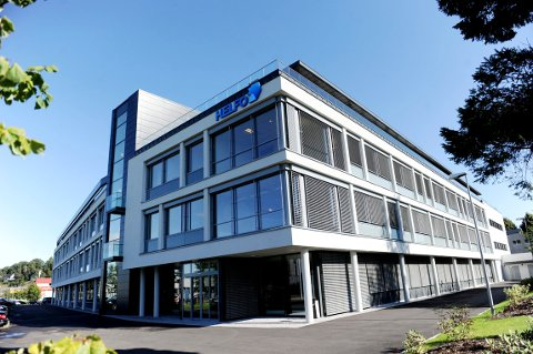 INNREISEKARANTENE. Helfo-kontoret, som ligger på Korten i Tønsberg. skal fremover sørge for å stoppe innreisesmitte..