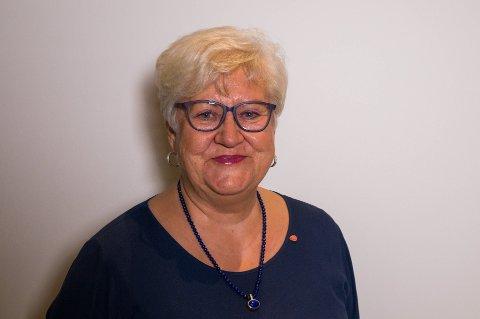 """Lisbeth Johansen forteller at det ikke fantes noen badeplasser i Tønsberg for 60 år siden og at """"Ballane"""" på Ramberg ble paradiset for Kaldnes-ungene."""