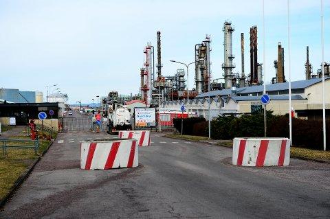 ENERGI-ENDRING: Olav Sannes Vika (SV) ser for seg vindmøller istedenfor oljeraffineri på Slagentangen i fremtiden.