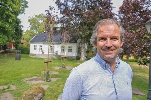 Ivar Neteland blir nå ny hotelldirektør ved Ramme Fjordhotell på Hvitsten i Vestby.
