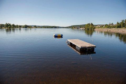 VIL FLYTTE TIL HYTTA: Gjøvik-paret ønsker å bosette seg på hytta ved Einafjorden, men det endelige svaret lar vente på seg. ILLLUSTRASJONSBILDE