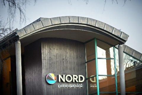 VIL HINDRE SMITTESPREDNING: Nord universitet har iverksatt flere smitteverntiltak, deriblant jobbing fra hjemmekontor og avlyste samlinger. Skriftlig skoleeksamen endres som hovedregel til digital hjemmeeksamen.