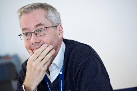 I UTVALGET: Steinar Krokstad fra Steinkjer sitter i Vorland-utvalget, som mandag offentliggjorde sin rapport om AstraZeneca- og Janssen-vaksinene.