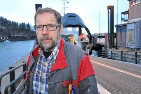 DÅRLIG ALIBI: Kjell vandsvik, leder i Ytterøyutvalget, opplever at fylkeskommunen bruker utvalget som alibi for nåværende ferge som ikke dekker øyas behov.