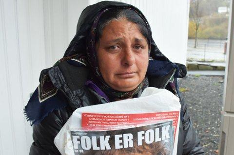Crizantema Miclescu begynner å gråte når hun forteller om barnebarnet sitt.