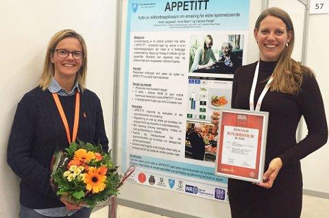 Kristin Jeppestøl (t.v.) mottok prisen på landets største sykepleierkongress i går. Caroline Farsjø (t.h.) er stipendiat ved Universitetet i Oslo, og er en av to samarbeidspartnere som har utviklet Appetitt-prosjektet sammen med Jeppestøl.