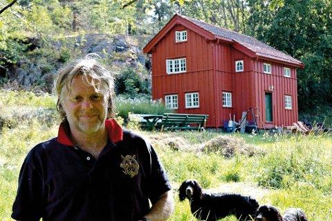 Restaurerte bygget: Fra Leif Kahrs Jæger kjøpte huset i 2007 har mye skjedd med det gamle bygget. Arkivfoto: Anne Dehli