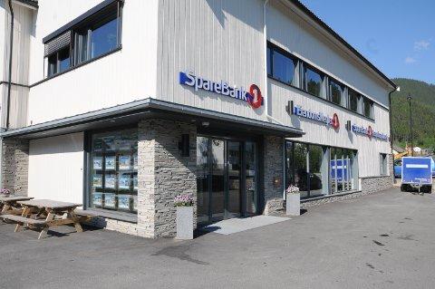 Èn person. Etter det avisa Valdres kjenner til er én person ved Sparebank 1 Valdres Hallingdals avdeling på Fagernes tatt ut i streik.