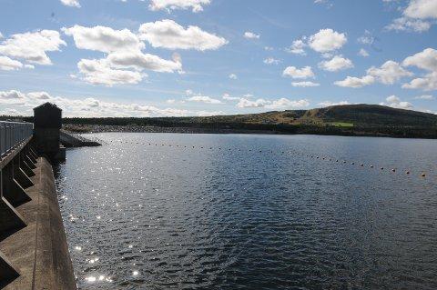 Tisleiadammen: Tisleifjorden er nå cirka én meter under høgeste regulerte vannstand.