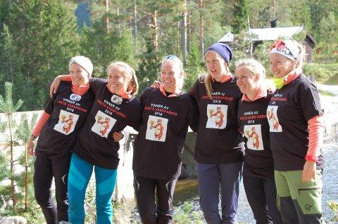 Årets Vassfaringer, Hedølinga 1. Fra venstre: Siri, Ingunn,  Heidi,  Marit , Mari , Jeanette.