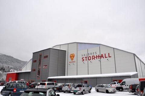 """Fire år: Det har gått snart fire år siden Valdres Storhall """"sto ferdig"""". Her fra åpningsdagen i februar 2016."""