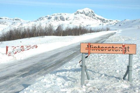 ÅPEN IGJEN: Fylkesveg 51 over Valdresflye er åpnet igjen for kjøring på dagtid.