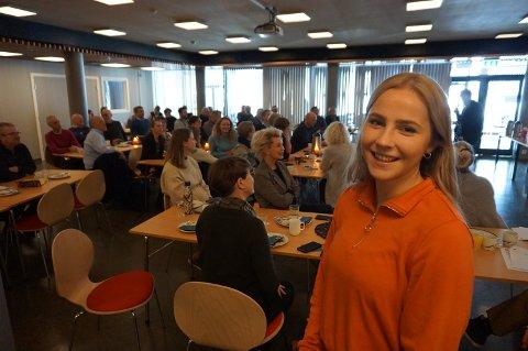 GODE TIPS: Sunniva Døvre Brufladt, som nettopp har avsluttet et engasjement i Valdres Næringshage, kom med en lang rekke konkrete råd om hvordan du kan lykkes og øke omsetningen gjennom systematisk bruk av sosiale medier.