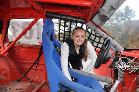 Vil satse: Vilde Skaran Tveit håper at flere jenter vil satse på bilcross i åra framover, slik at startlistene blir fyldigere på såvel klubbløp som nasjonale løp.
