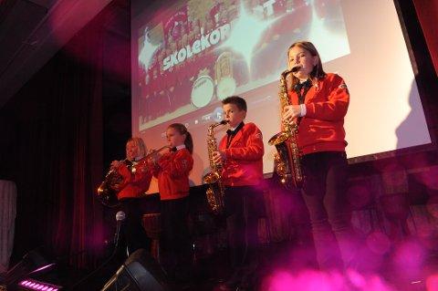 MUSIKKEN: Søndrekorpset finner styrke i musikken denne gang. Leder i Søndre Nittedal skolekorps har alt latt seg imponere. (Arkivfoto)