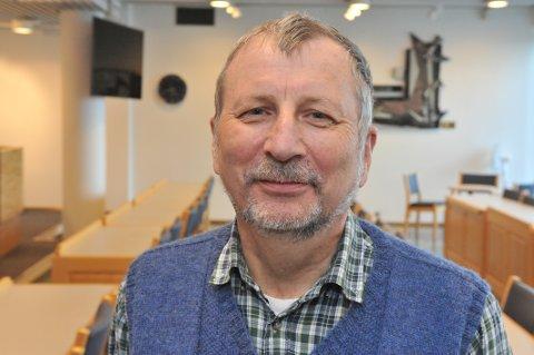 STØTTER HAREIDE: Leder av Akershus KrF, nittedølen Arne Willy Dahl, større partileder Knut Arild Hareides politiske venstre-sving.