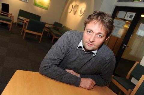FLYTENDE: Lokalbanksjef Robert Eriksen anbefaler de fleste å ha flytende rente på boliglånet sitt.