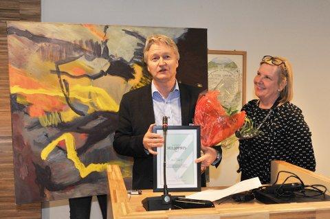 SISTE MILJØPRIS:Würth Norge og administrerende direktør Svein Oftedal mottok Nittedal kommunes miljøpris i 2015. Her blir den overrakt av ordfører Hilde N. Thorkildsen.