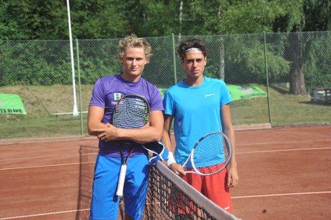 UNGE FINALISTER: Simen Sunde Bratholm (19, t.v.) slo to år yngre Leyton Rivera Varas i årets finale av Hardhausen.