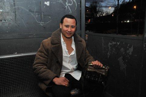 HVERDAGSHELT:Rafael Gregorio Martinez Then (30) hylles av medtrafikanter.