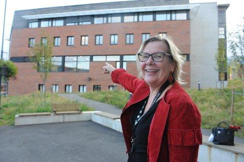 Deler av rådstua egner seg utmerket til Helsehus, mener ordfører Hilde Thorkildsen.