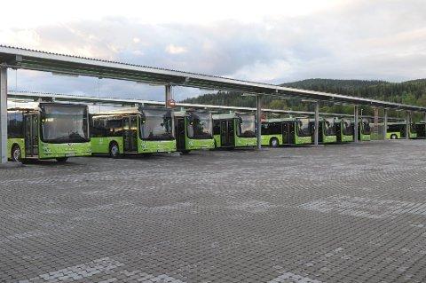 SKOLESKYSS: Fylkesrådet ønsker at midlene skal brukes på ekstra skolebusser.  Bildet er tatt i en annen sammenheng.