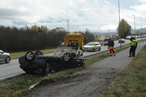 ULYKKESPUNKT: Strømsenga peker seg sammen med Gjelleråsen ut som bygdas mest trafikkfarlige punkt, med fire personskadeulykker de siste ti årene. (Arkivfoto)