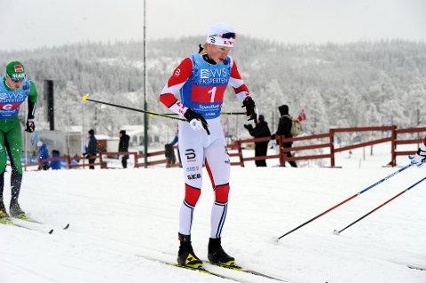 LA GRUNNLAGET: Johan Tjelle tapte bare 11 sekunder til teten på første etappe, og med Hans Christer Holund og Simen Hegstad Krüger på de to siste etappene var Lyns stafettseier langt på vei sikret allerede ved første veksling.