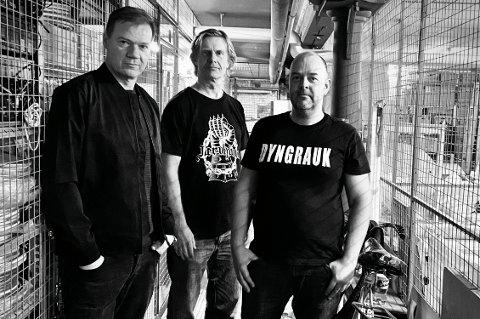 KLARE FOR KONSERT: Fra venstre Tore Aurstad, Harald Berge og Thor Amor.