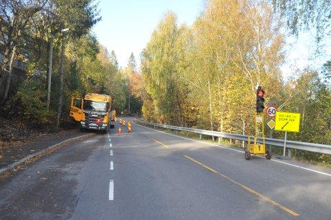 FIKSER PROBLEM: Fra arbeidene på Nittedalsveien ved Rudstein denne uka.