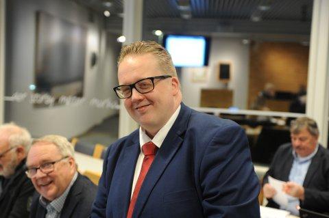 I DETALJ: Da statsforvalteren for andre gang ville gå imot ridehall på Ramstad kom det i retur et særs detaljert positivt vedtak fra formannskapet, framført av Helge Fossum.