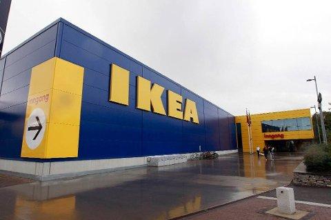 KJØPER TOMT: IKEA bruker 80 millioner kroner på en tomt i Vestby. Den skal man benytte til et sentrallager.