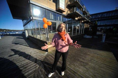 VÅRBAD: Jannet Mathisen, «WeCare»-ansvarlig for Son Spa, håper mange kommer til årets vårbad.