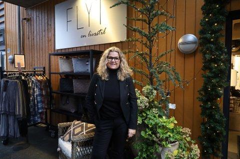 Daglig leder og eier av Flyt en livsstil i Son, Heidi Kildebo, er en av butikkeierne i Son som fått tilbakemeldinger fra kunder om at de føler seg tryggere når de handler i Son.