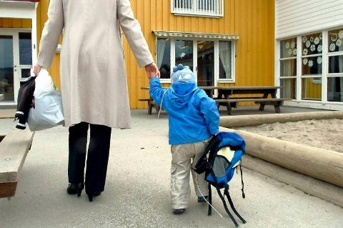 HOLDT BARNA HJEMME: Den første uka med åpne barnehager var det flere som valgte å holde barna hjemme.