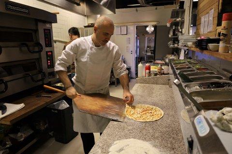 Ilirjan Duni har 25 års erfaring med det italienske kjøkken.