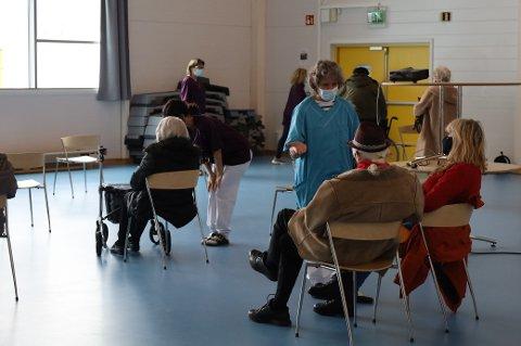 Vestby kommune har strenge rutiner for hvem som ringes når det er doser til overs.