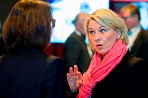 STØTTER NORSK OMSTILLING: Næringsminister Monica Mæland støtter opp om prosjekter som kan gi omstilling i næringslivet.