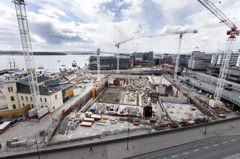 SPISES OPP: Veksten i sysselsettingen i Norge er spist opp av arbeidsinnvandring.
