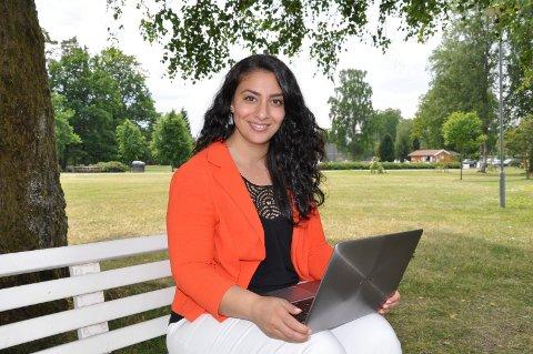 SATSET NYTT: Haleh Ashraf er blant de første administrative konsulentene i Norge.