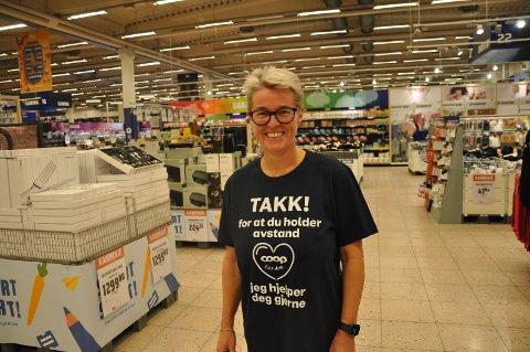 TRAVELT: Tonni-Merete Næss har hatt ekstra mange ansatte i sommer: – Det har vært utrolig gøy og rimelig hektisk, sier hun.