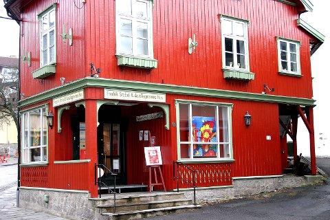 Avistegnerhuset: Hendelsene i København har ikke ført til økt sikkerhet ved Avistegnerhuset i Drøbak.