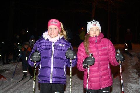 Victoria Nitteberg(t.v.) og Maja Ellefsrud gikk fort i Amtas Onsdagsrenn.