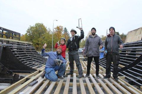 Den harde kjerne: Fra venstre: Terje Lind Bjørsvik, Billy Kleppe, Knud Kleppe, Christian Raae og Stene Bjølsen. Alle foto: Terje Lind Bjørsvik