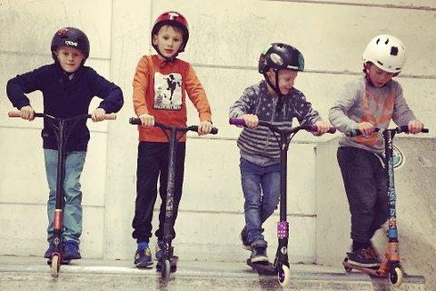 Talenter: Fra venstre: Ulrik, Sebastian, Oliver, Sean, og Mikkel (alle 9 år) er ivrige brukere av hallen på tredje året nå.Foto: Privat
