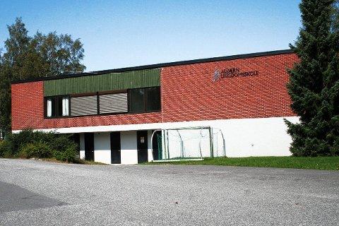Alværn ungdomsskole: Ungdomsskolen på Alværn er den av skolene på Nesodden som brannvesenet har hatt hyppigst utrykninger til.