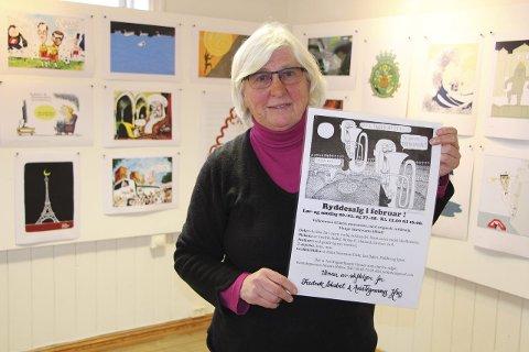 Rydder opp: – Vi har spennende tegninger, bilder og grafikk. Kom og se, oppfordrer Jorunn Holter i Avistegnerhusets Venner. Foto: Mariann L. Dahle