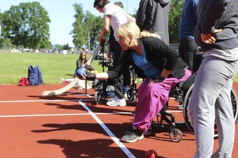 Kontroll: Ann Kristin Sæter har full kontroll på ballen. alle foto: Henriette slaatsveen