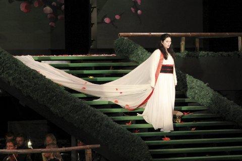 Ekteskapet: Eli Kristin Hanssveen som Butterfly forelsker seg, dessverre, i løytnant Pinkerton.