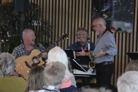 Mye humor: Konsertene med 5+Vreeswijk er underholdende. Her fra 2016. Fra venstre: Pål Røvig, Pål Mørk og Trond Mathisen.
